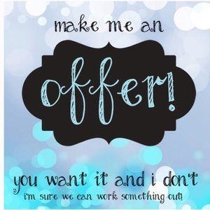 Make me an offer! 😊🛍👖👠👡